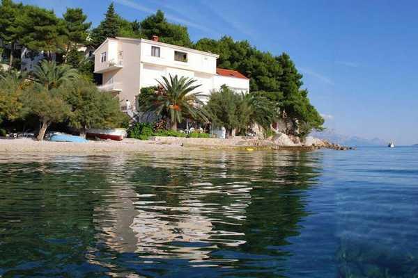 Chorv�tsko ubytovanie priamo pri mori
